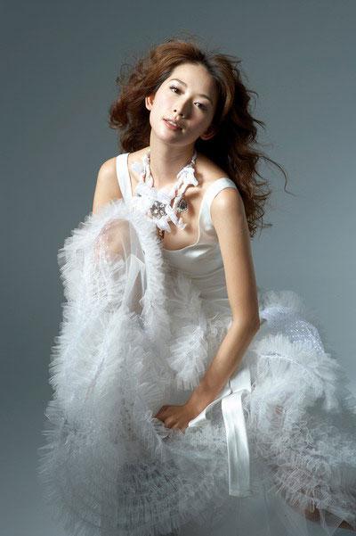 林志玲代言婚紗